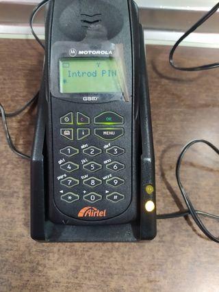 teléfono móvil MOTOROLA