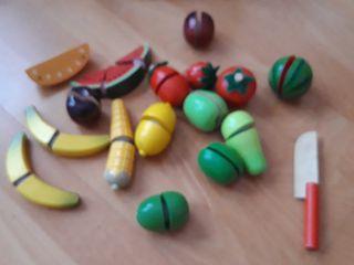Frutas madera cocinita