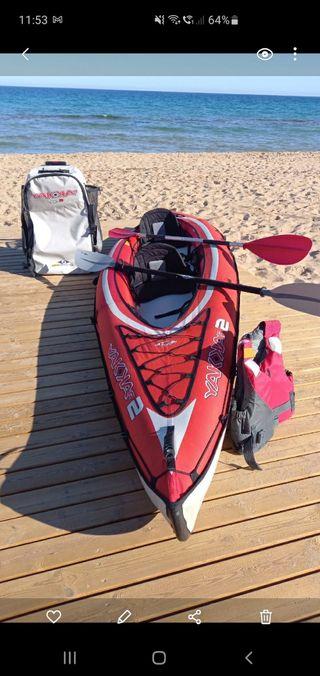Kayak canoa hinchable.