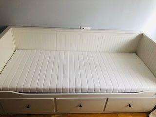 Divan Ikea de segunda mano en la provincia de Asturias en