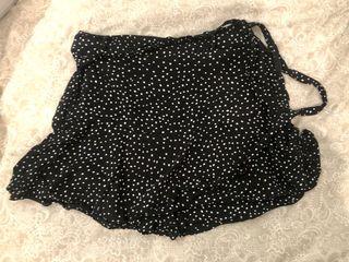 Falda pantalón negra lunares ZARA