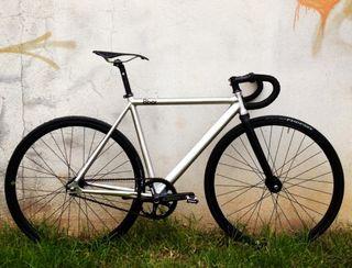 Bicicleta 8 bar Pista