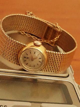 Reloj de oro de 18 k de marca Omega