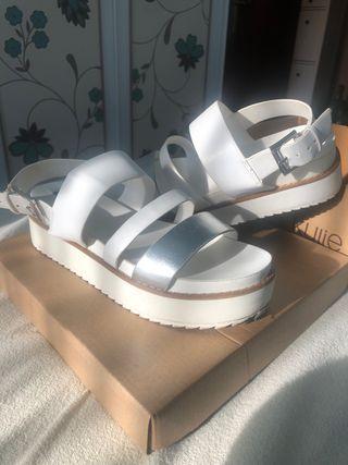 Sandalia blancas plataforma