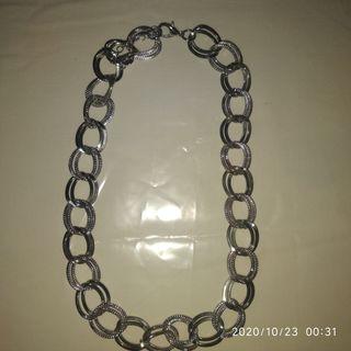 Collar cadenita
