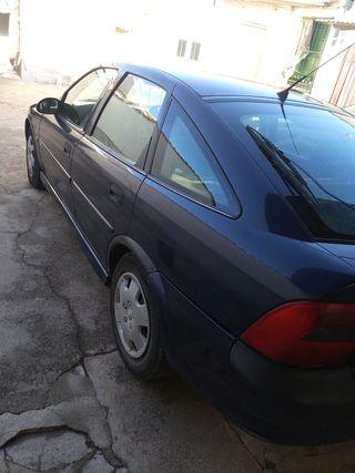 vendo coche Opel Vectra 2000