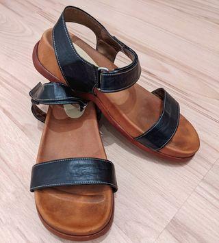 Sandalias abiertas