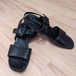 sandalias Mephisto negras