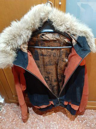 chaqueta de cuero de serraje.