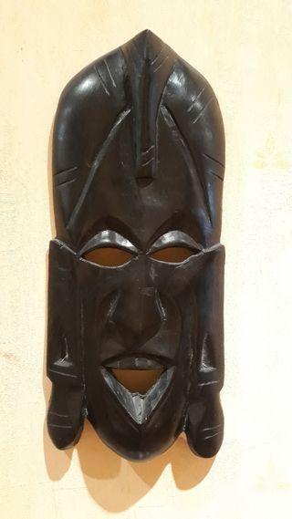 Máscara de madera