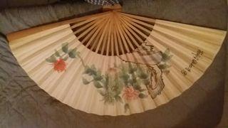 abanico con motivos chinos tiras de madera