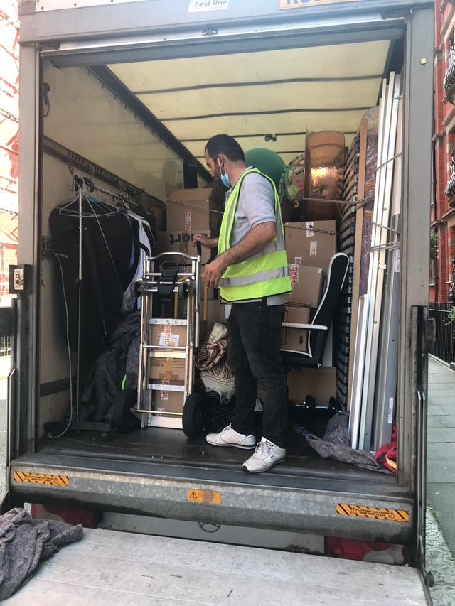 Man and Van (House /Flat/Office / Room moves)