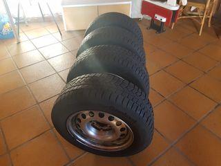 ruedas con llanta