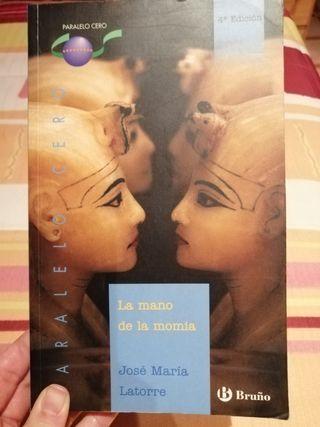"""libro de lectura """"La mano de la momia"""""""