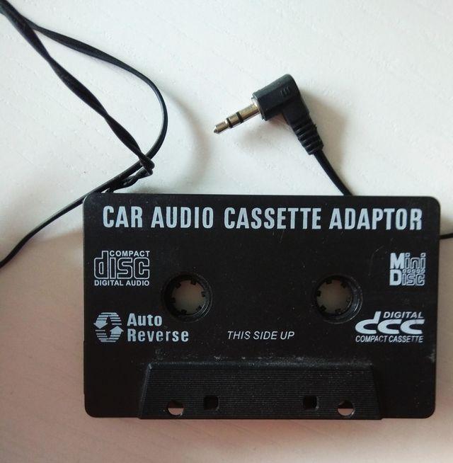 Adaptador cassette coche