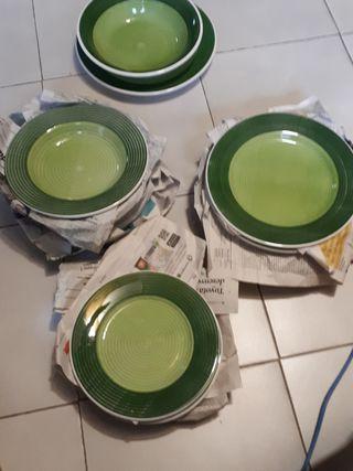Vajilla color verde