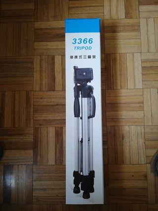 Trípode con soporte para cámaras y móviles