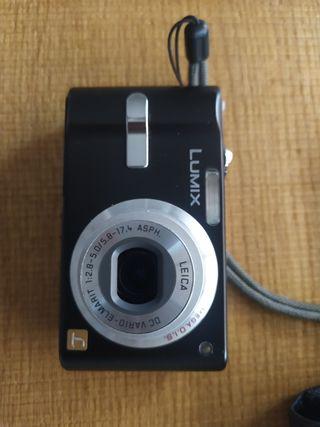 Cámara de fotos Lumix optica Leica