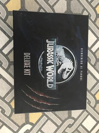Kit Deluxe Jurassic World juguete