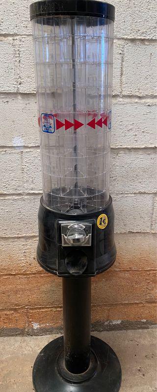 Máquina latas frutos secos