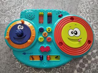Máquina de música para niños a partir de 1 año.