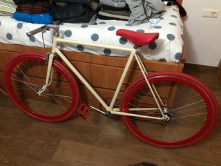 bicicleta fixie en muy buen estado