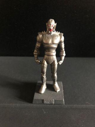 Figura plomo marvel Ultron