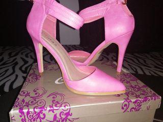 zapato rosa pulsera de tacon.T/39. Nuevos