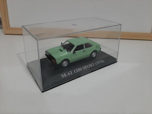 Maqueta Seat 1200 Sport (1976)