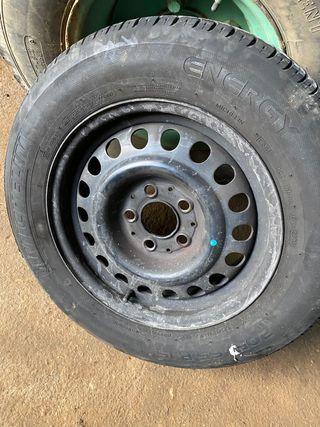 Neumático Michelin 205/65R15
