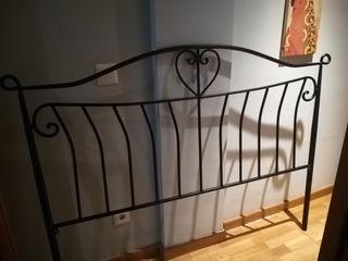 Cabezal de hierro forjado negro +espejo con marco