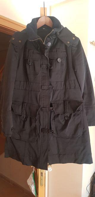 Abrigo negro moda