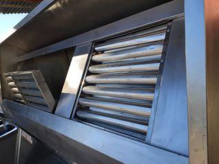 Campana extractora de humos industrial de acero
