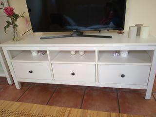 Muebles de TV Ikea de segunda mano en Barcelona en WALLAPOP