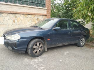 Ford Mondeo - Necesita reparaciones - Oferta seria