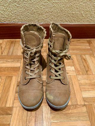 Botines Mujer Coolway Estilo Militar, Talla 38
