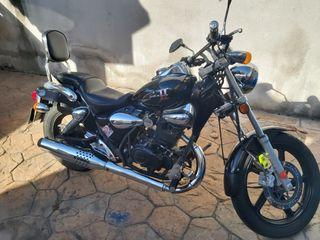 Moto custom Kimco Zing II