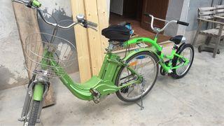 Tándem eléctrico sobre bici Catrón clásica