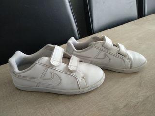 zapatillas Nike blancas 30