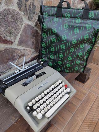 Maquina escribir antigua olivetti lettera 35
