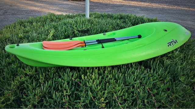 Kayak + Remo