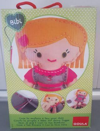 muñeca Bibi coser
