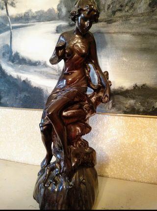 Escultura clásica. Antigüedad. Vintage