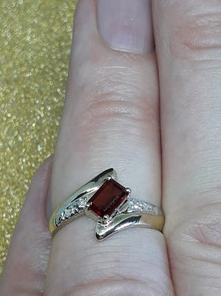 9ct Yellow Gold Octagon Natural Garnet&Diamond