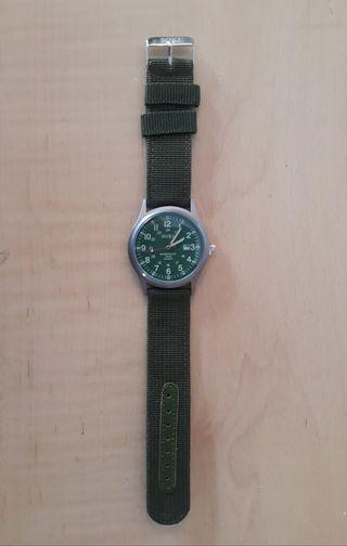 Reloj militar