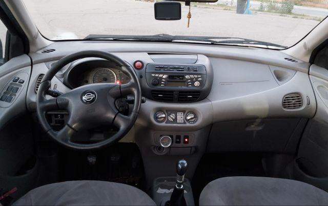 Nissan almera diésel.