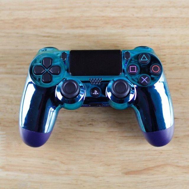 Rare PS4 metallic blue controller