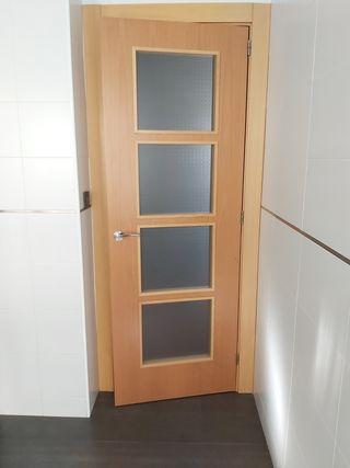 Puerta con cristal