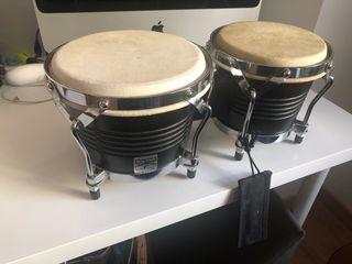 Timbales, bongos.