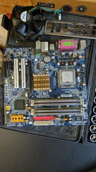Intel Pentium D 915 + Placa base + RAM(4GB) + Disi